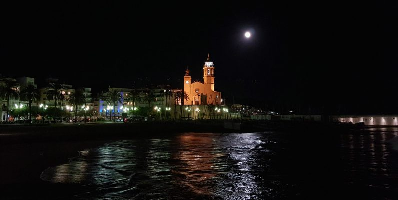 church-Sitges-night